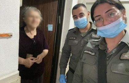 """שוטרי מג""""ב התנדבו לחלק ערכות שבועות לקשישים וניצולי שואה בחסדי נעמי 👮♂️🛵"""